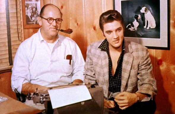 Elvisszel 1957 körül