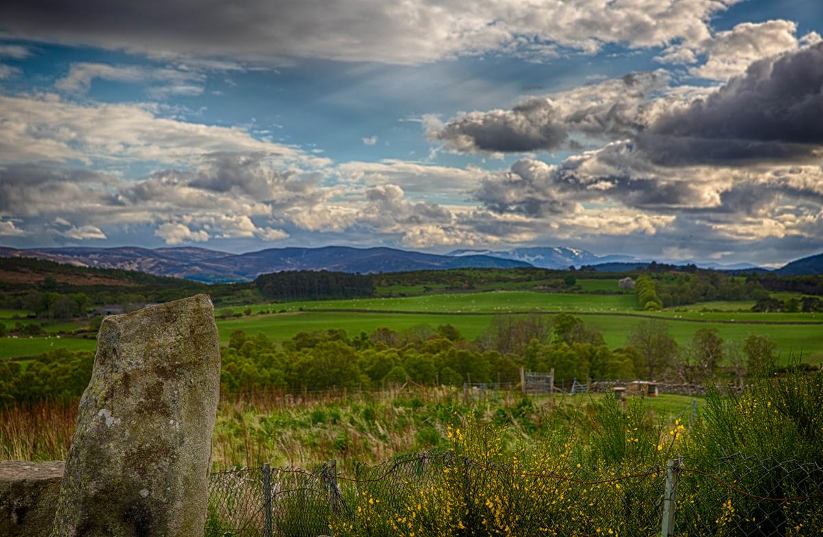 stone_clouds